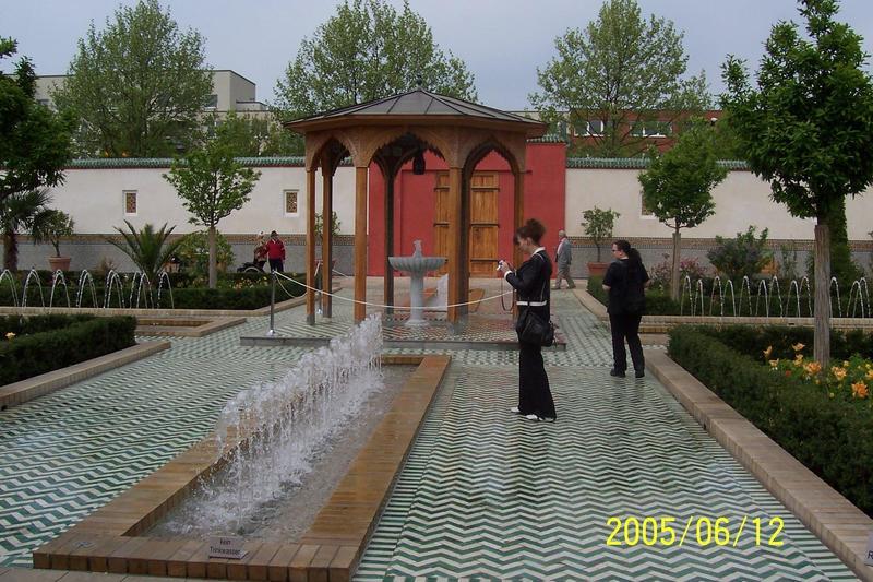 Marzahn-Hof des orientalischen Gartens