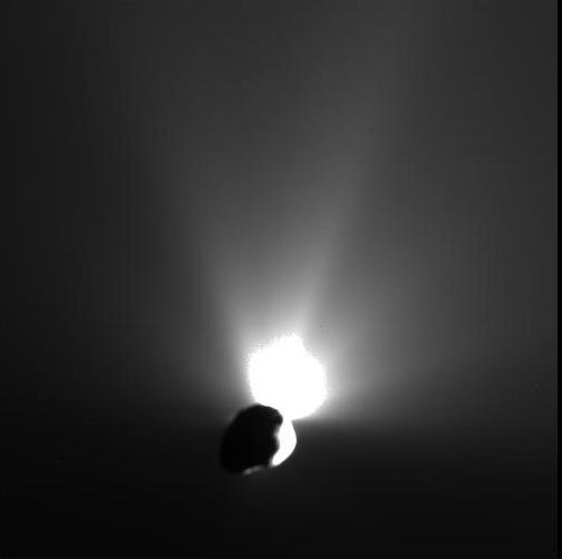 Deep Impact Mission - Aufnahme des Kometen Tempel 1 ca. 30 Min nach dem Aufprall des Impactors
