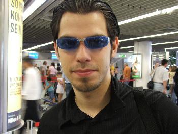 Ich etwas Müde am Flughafen Frankfurt (31.08.2005)