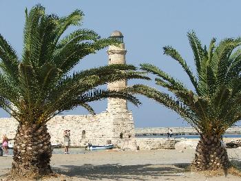 Alter Leuchtturm im Hafen von Rethymon