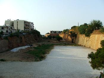 Die Grenze zwischen der Altstadt von Chania und den neuen Stadtgebieten