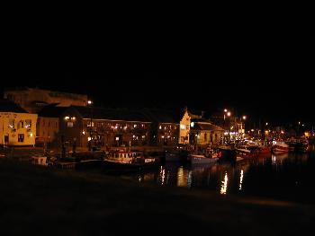 Der Hafen in Weymouth bei Nacht