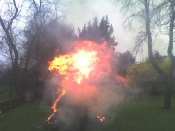 und die Flamme war auch ganz schön hoch...