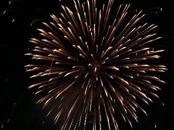 Feuerwerk bei der Beachparty 2 (In einer Vollmondnacht u. starker Brandung, besonders romantisch)