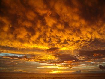 Insulanerin: Traumhafter Sonnenuntergang auf den Malediven