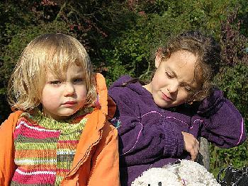 Zarah & Freya