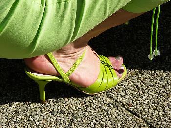 ohne Fußfetischist zu sein: Damen und ihre Schuhe...