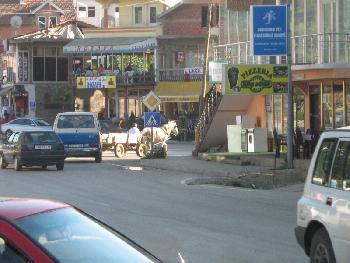 Mit Pferd und Wagen - Malishevë