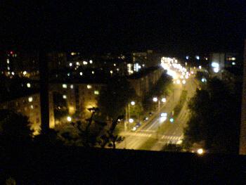 -Großstadt bei Nacht-