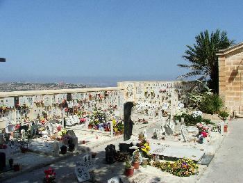 Stille und Schönheit (Friedhof von Mellieha)
