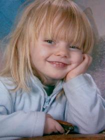 wistful: Celinas erstes Kindergartenfoto