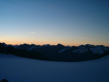 Sonnenaufgang über dem Kreuzkamm