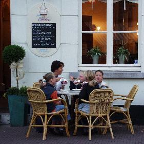 Ijs (Beobachtet in Arcen bei Venlo - Nederland)