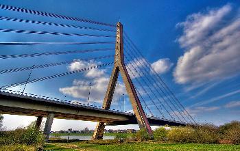 Brücke mal anders