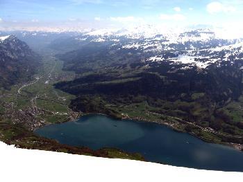 Tiefblick auf Walensee und Rheintal