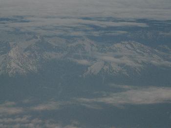 Die Alpen aus 10.000 Metern Höhe ...