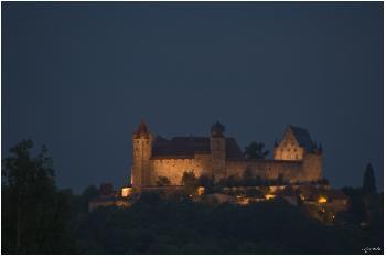 Die Coburg bei Nacht