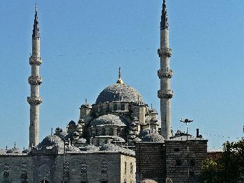 Die Yeni-Moschee beim Ägyptischen Basar