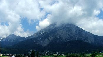 1. Innsbruck mit Hausberg