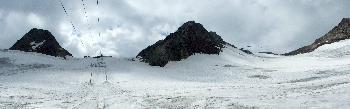 10. Mutkogl (3312m, links) und Tiefenbachkogl (3309m, mitte) und ein Teil der Inneren Schwarzen Schneid (3370m, rechts)