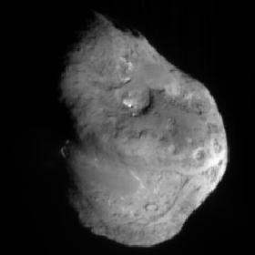 Deep Impact Mission - Komet Tempel 1 kurz vor dem Aufschlag des Impactors