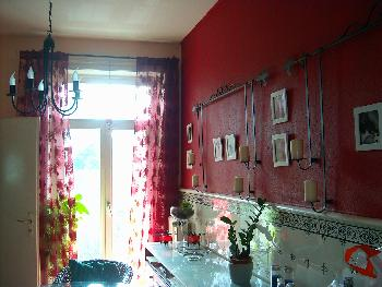 die rote Küche